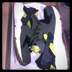 Women Huaraches